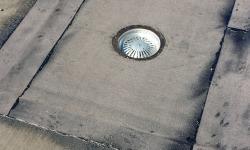 Katuse remont ja parandus: vahetatud kaevu vesieristus(aluskatte kiht)