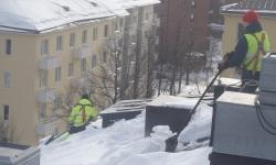 Katuse lumekoristustööd