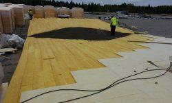 Lamekatuste ehitus: kergkruusaga katusekallete tegemine.